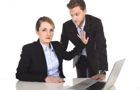 חוק איסור צריכת זנות: החוק להפללת הלקוח